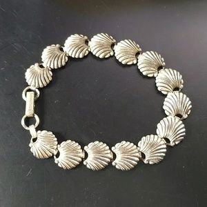 🔥5/$15 silver shells bracelet